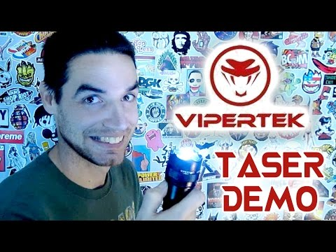 VIPERTEK VTS-195 - Flashlight Taser Live Demonstration & Unboxing